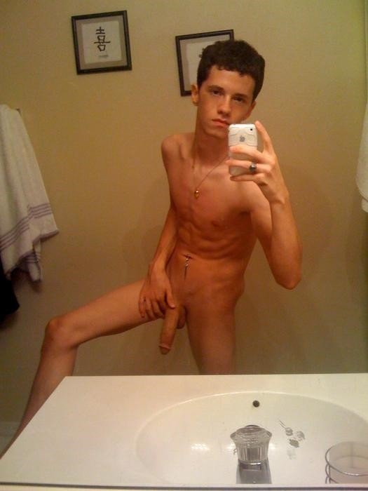 Naked Twink With Long Dick On Cam