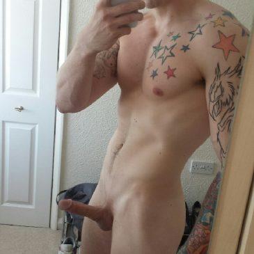 Selfie Boy Nude