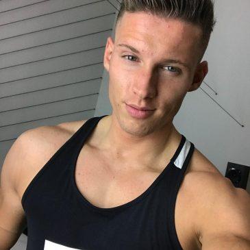 Gay porn stars on Twitter